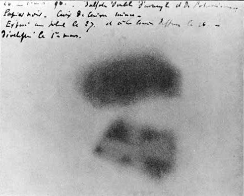Erste geschwärzte Fotoplatte von Becquerel