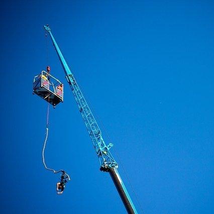 https://pixabay.com/de/bungee-jumping-extremsport-gehe-zu-174787/